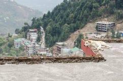Persiga dormir en el tejado, Dharamshala, la India Foto de archivo libre de regalías