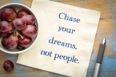 Persiga sus sueños, no gente Foto de archivo