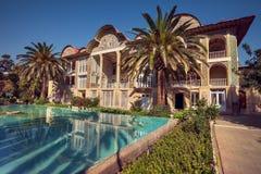 Perski pawilon Eram ogród i Swój odbicie na basenie w mieście Shiraz obraz stock
