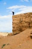 Person auf einem Felsen Stockbilder