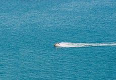 Person Cruising de Middellandse Zee stock afbeeldingen