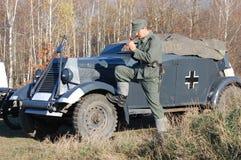 Person in der deutschen Militäruniform WW2. lizenzfreie stockfotos