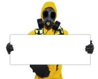 Person, die Biogefahrenzeichen anhält Lizenzfreies Stockfoto