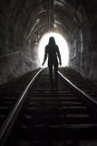 Person At End van Tunnel Royalty-vrije Stock Afbeelding