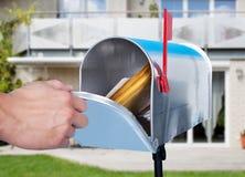 Person Hand Checking Mailbox fotografia de stock royalty free