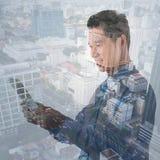 Person i stads- miljö arkivbilder