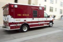 person med paramedicinsk utbildning 2 Royaltyfri Fotografi