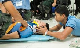 Person med paramedicinsk utbildning Training Fotografering för Bildbyråer