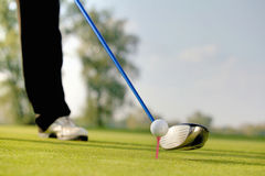Person playing golf, low section Royalty Free Stock Photography