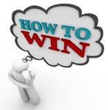 Person Thinks von, wie man Strategie-Gedanken-Wolke gewinnt Stockfoto
