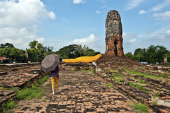 Free Person Walking In Wat Lokayasutharam Temple Place In Ayutthaya Stock Photography - 62996302