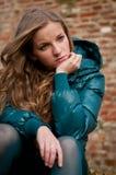 Persona adolescente presionada al aire libre Imágenes de archivo libres de regalías
