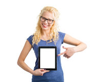 Persona che indica alla compressa del computer dello schermo in bianco fotografia stock libera da diritti