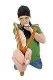 Persona con uno slingshot Fotografie Stock Libere da Diritti