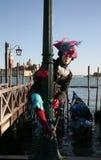 Persona del carnaval en el traje, Venecia Imagen de archivo libre de regalías