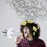 Persona di afro con il segno caotico Fotografia Stock Libera da Diritti
