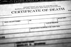 Persona di simbolizzazione del certificato di morte che è morto fotografia stock