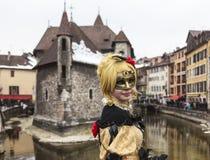 Persona disfrazada - carnaval veneciano 2013 de Annecy Imagen de archivo