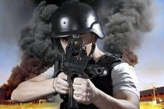 Persona, esplosione in un'industria Fotografie Stock Libere da Diritti