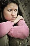 Persona joven en la depresión al aire libre Fotografía de archivo libre de regalías