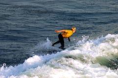 Persona que practica surf 13 Fotos de archivo
