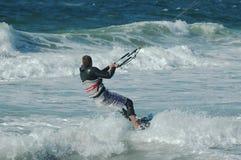 Persona que practica surf 13 de la cometa foto de archivo libre de regalías