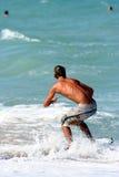 Persona que practica surf 7 Fotografía de archivo