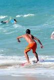 Persona que practica surf 9 Fotografía de archivo