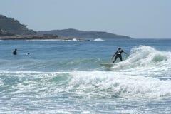 Persona que practica surf australiana Fotografía de archivo