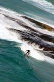 Persona que practica surf australiana en Bondi   Imagen de archivo libre de regalías