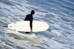 Persona que practica surf de California Imagen de archivo