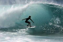 Persona que practica surf de la tubería Imagen de archivo libre de regalías