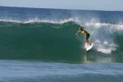 Persona que practica surf del profesional de Chris Davidson imágenes de archivo libres de regalías