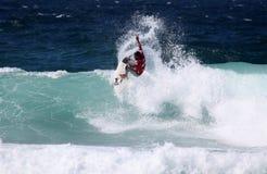 Persona que practica surf del profesional de Newcastle Foto de archivo libre de regalías