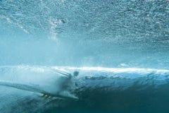 Persona que practica surf del submarino Imágenes de archivo libres de regalías