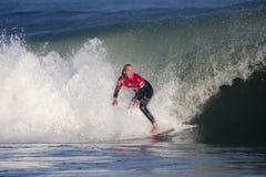 Persona que practica surf en la muestra favorable Francia Imagenes de archivo