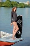 Persona que practica surf joven Imagen de archivo