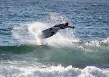Persona que practica surf profesional - Evan Geiselman Imagen de archivo libre de regalías