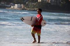 Persona que practica surf profesional - Joel Parkinson Fotografía de archivo