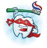 Personagem de banda desenhada dental da mascote do super-herói do dente com escova de dentes ilustração royalty free