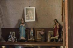 personaggi religiosi nella sala Immagine Stock