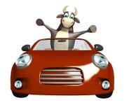 Personaje de dibujos animados de Bull con el coche Imagen de archivo libre de regalías