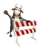Personaje de dibujos animados de Bull con los baracades Imagenes de archivo