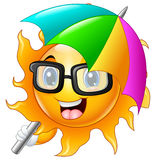 Personaje de dibujos animados del sol en gafas de sol con el paraguas Fotografía de archivo libre de regalías
