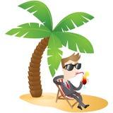 Personaje de dibujos animados: Hombre de negocios que se relaja en el bea Imagen de archivo libre de regalías