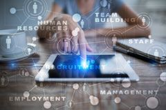 Personalmanagement, Stunde, Einstellung, Führung und Teambuilding Geschäfts- und Technologiekonzept lizenzfreie stockbilder