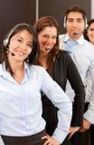 Personas de ayuda del cliente empresa Imagenes de archivo