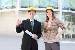 Personas de la construcción de edificios Foto de archivo