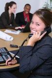 Personas del asunto en oficina Foto de archivo libre de regalías