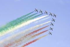 Personas italianas de la escuadrilla de Frecce Tricolori Imagenes de archivo